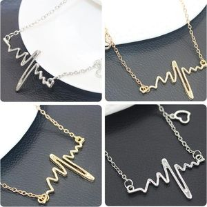 Jewelry - NEW heartbeat necklace